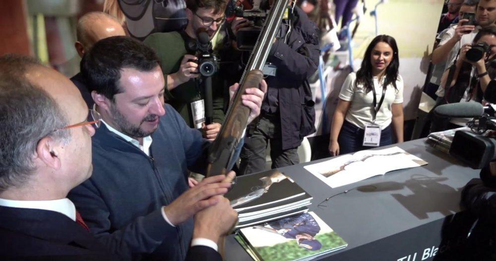 Legittima difesa, Civati: Salvini irresponsabile, fa danza macabra su tragedie