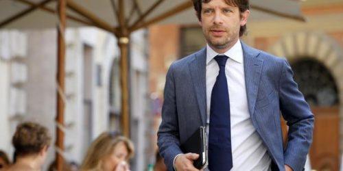 Pd: Civati, sinistra masochista è quella che segue Renzi