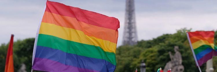 paris-gay-pride-5a0c95d0845b34003b7adfc6