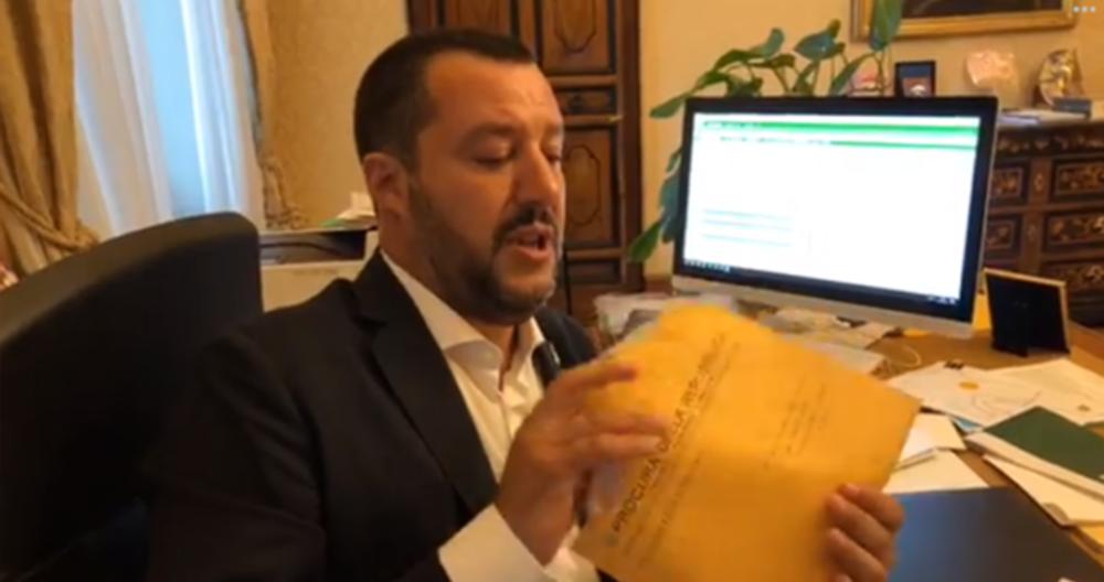 Migranti, Brignone: Salvini padre di famiglia? Separa genitori da figli